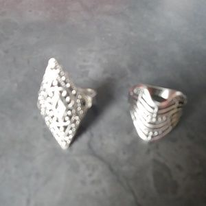 Jewelry - Set of 4 rings